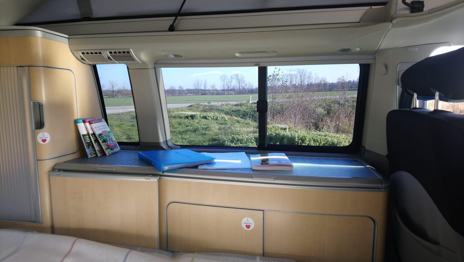 Full Size of Ausziehbett Camper Wobi Das Faircamper Portal Wohnmobil Mieten Und Vermieten Bett Mit Wohnzimmer Ausziehbett Camper