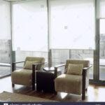 Rollos Wohnzimmer Paar Zeitgenssische Sessel In Ein Helles Mit Weien Kamin Fototapeten Hängeschrank Weiß Hochglanz Tapete Gardinen Anbauwand Led Beleuchtung Wohnzimmer Rollos Wohnzimmer