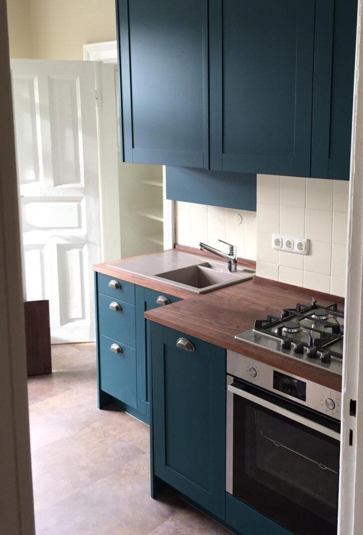 Medium Size of Küche Blau Kche Blaue Einlegeböden Unterschränke Niederdruck Armatur Wanduhr Theke Raffrollo Jalousieschrank Schubladeneinsatz Einzelschränke Wohnzimmer Küche Blau