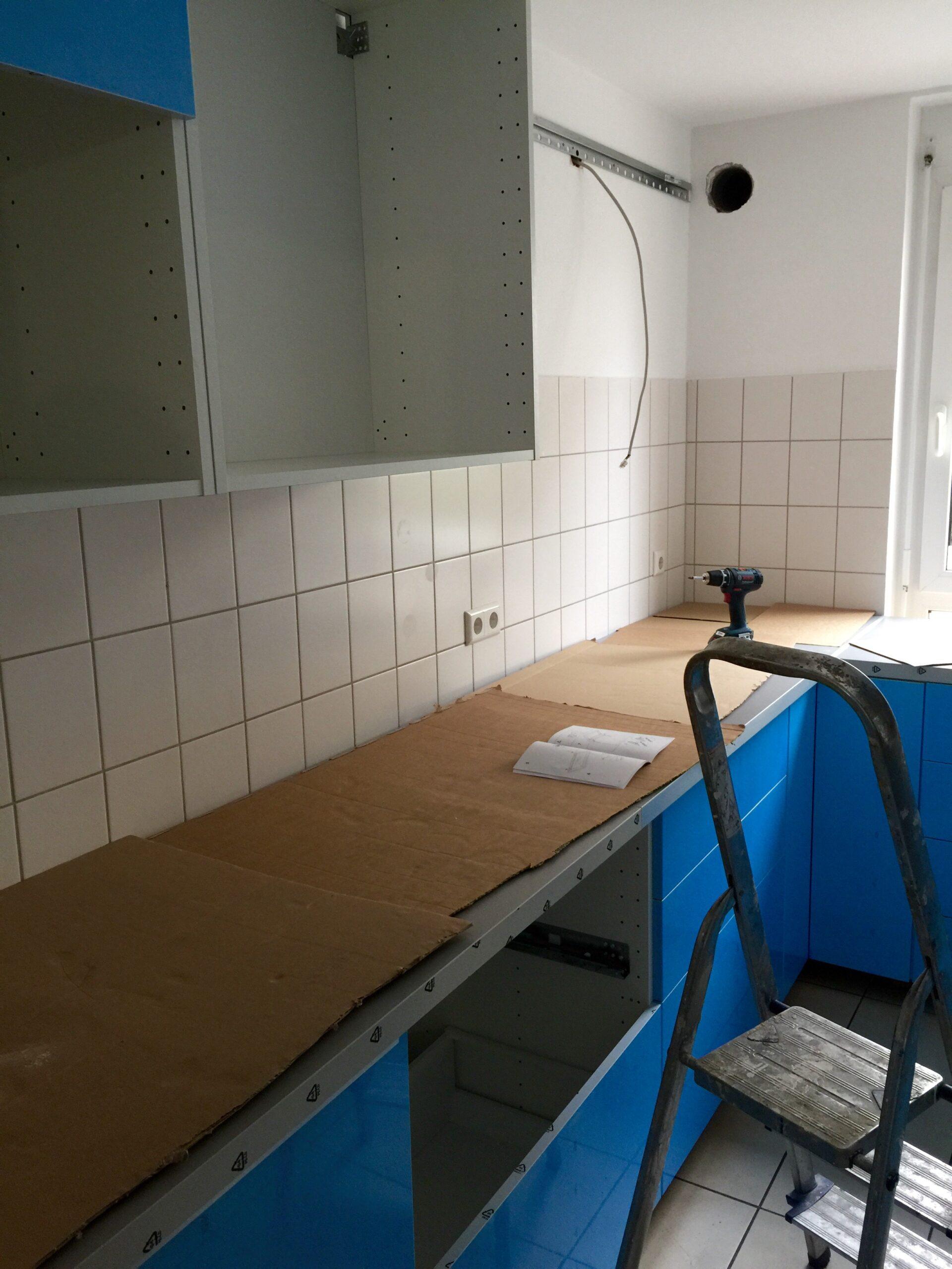 Full Size of Küche Selber Bauen Ikea Industrie Sitzbank Landhausstil Kleine Einrichten Holzregal L Form L Mit Elektrogeräten Regale Blende Holzofen Aufbewahrungsbehälter Wohnzimmer Küche Selber Bauen Ikea