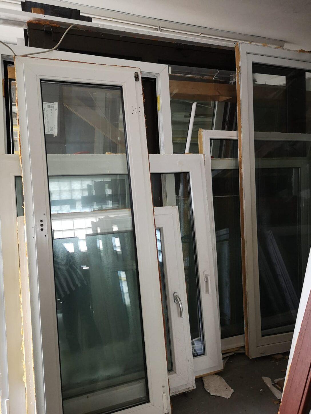 Large Size of Gebrauchte Fenster Mit Sprossen Holzfenster Stallfenster Alte Versprhen Charme Zwangsbelftung Esstisch Bank Bett Aufbewahrung Mitarbeitergespräche Führen Wohnzimmer Gebrauchte Holzfenster Mit Sprossen