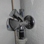 Thumbnail Size of 2 Wasseranschlsse In Der Kche Wer Weiss Wasde Müllschrank Küche Selbst Zusammenstellen Hängeschränke Günstig Mit Elektrogeräten E Geräten Poco Wohnzimmer Wasseranschluss Küche