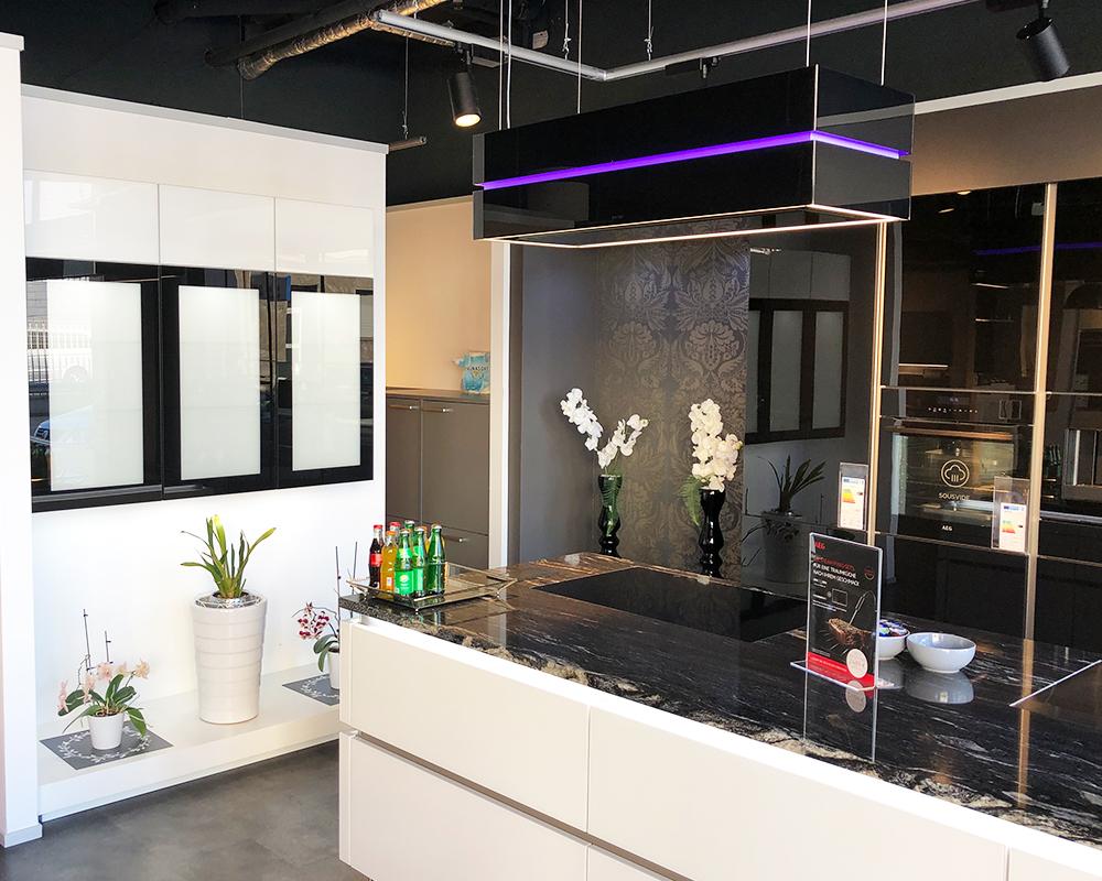 Full Size of Nolte Küchen Glasfront Musterkche Kchenzentrum Mg Regal Schlafzimmer Küche Betten Wohnzimmer Nolte Küchen Glasfront