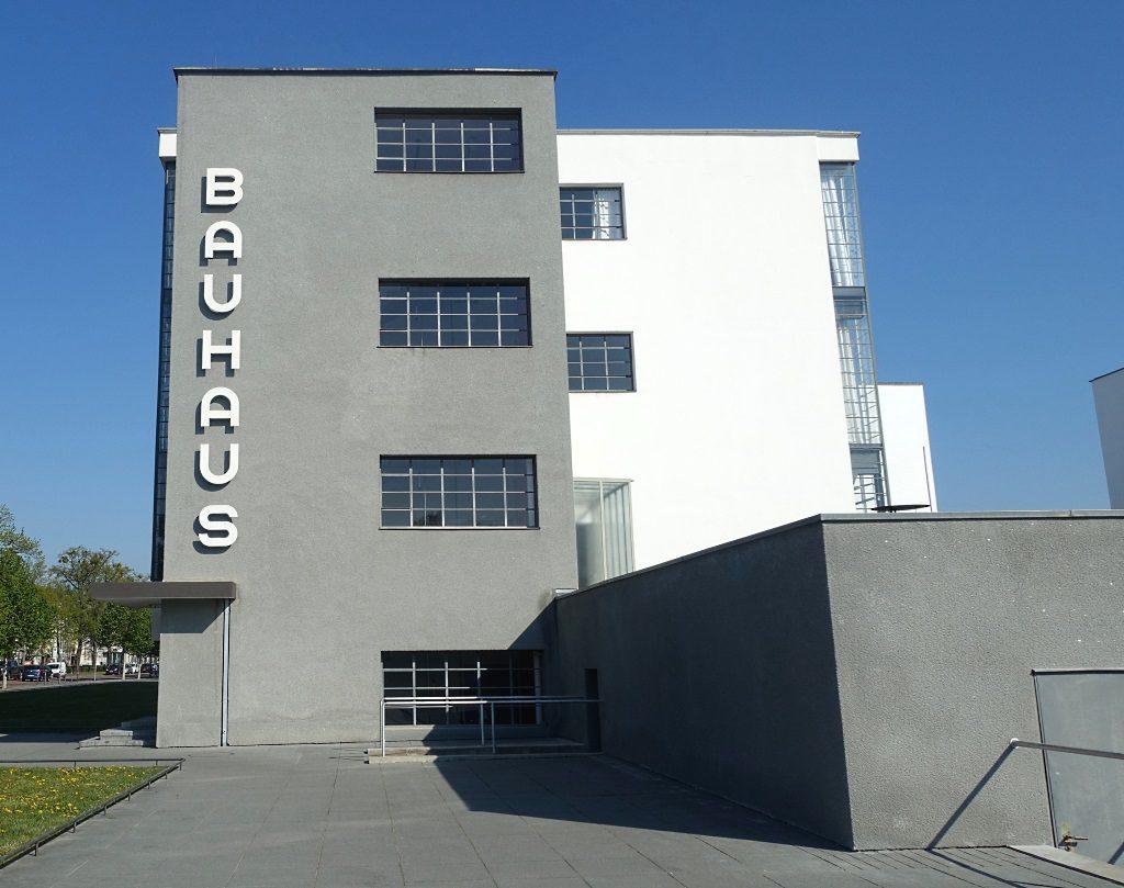 Full Size of Heizkörper Bauhaus Dessau Bernachten Prellerhaus Ateliergebude Bad Fenster Für Elektroheizkörper Wohnzimmer Badezimmer Wohnzimmer Heizkörper Bauhaus