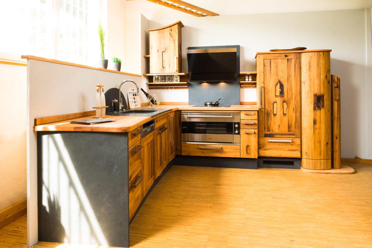 Full Size of Modulküche Holz Altholz Kche Nachhaltige Und Individuell Gestaltete Kchen Aus Bett Massivholz Sofa Mit Holzfüßen Esstisch Ausziehbar Massivholzküche Wohnzimmer Modulküche Holz