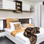 Schlafzimmer überbau Wohnzimmer Wandbilder Schlafzimmer Vorhänge Deckenleuchte Fototapete Set Mit Matratze Und Lattenrost Kronleuchter Schimmel Im Betten Weißes Weiß Komplett überbau