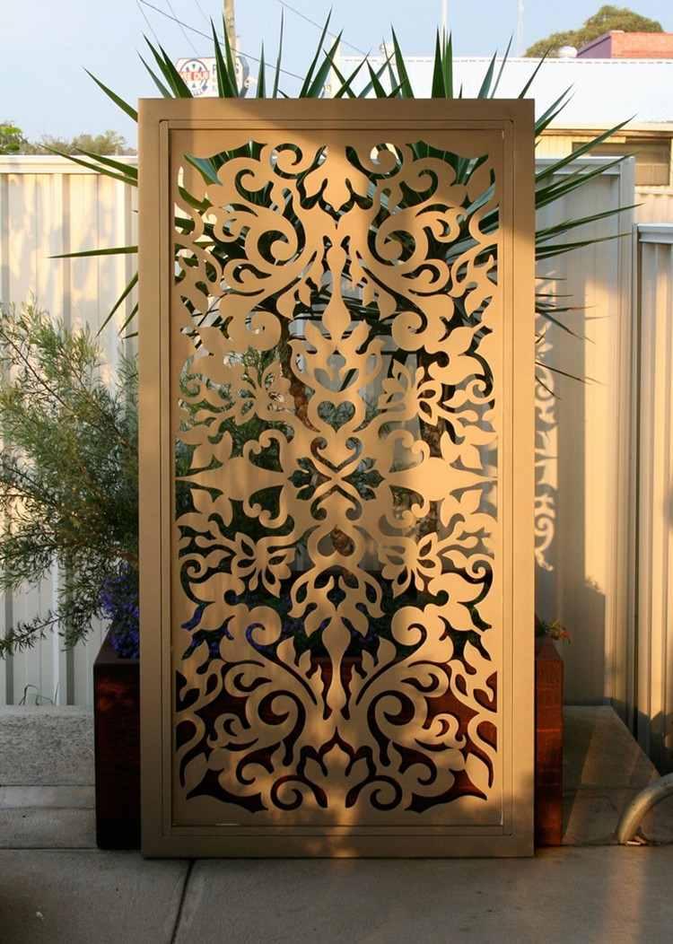 Full Size of Outdoor Paravent Fr Garten 15 Ideen Einen Beweglichen Sichtschutz Küche Edelstahl Kaufen Wohnzimmer Outdoor Paravent
