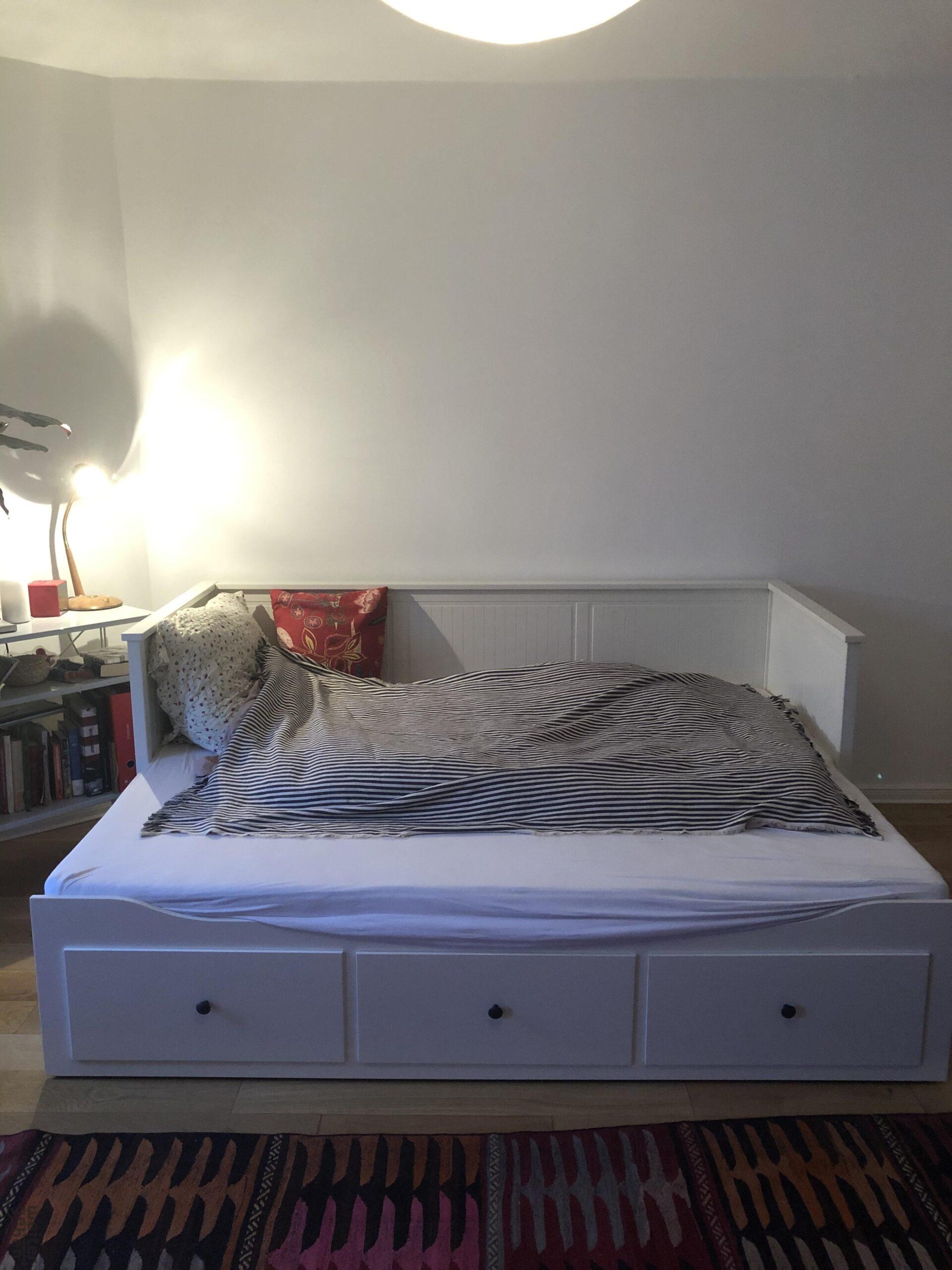 Full Size of Ikea Bett 120x200 Unterschrank Test 3 Betten Mit Bettkasten Such Frau Fürs Halbhohes Wildeiche Aus Paletten Kaufen Himmel Küche Kosten 140x200 Günstig Wohnzimmer Ikea Bett 120x200