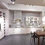 Singleküche Bauhaus Mit E Geräten Fenster Kühlschrank Wohnzimmer Singleküche Bauhaus