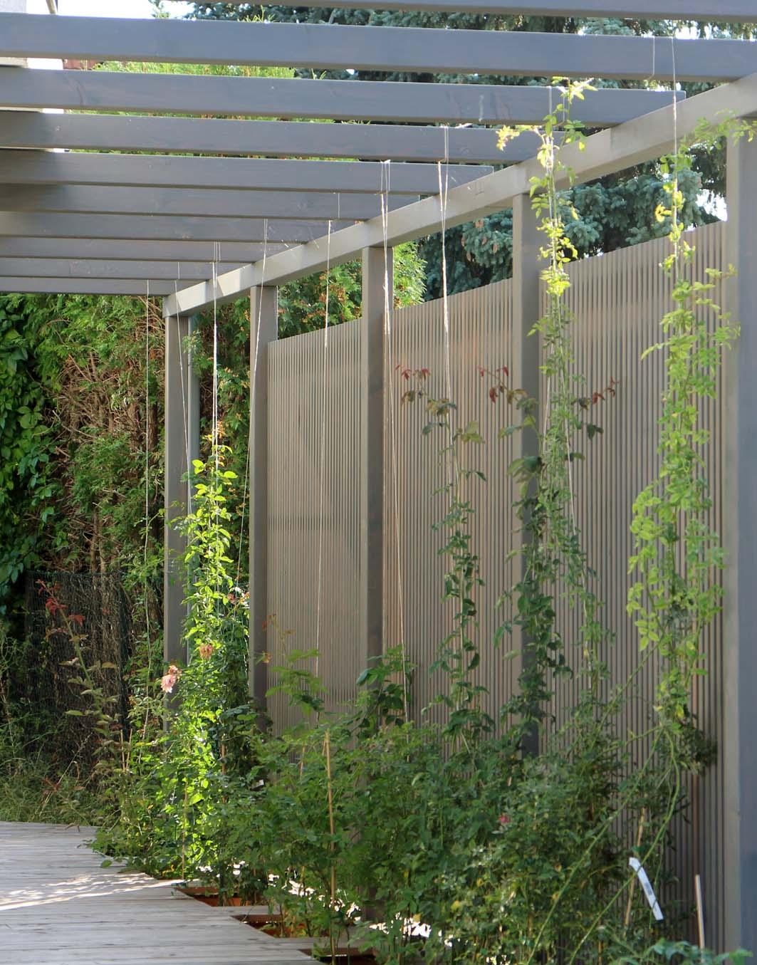 Full Size of Garten Trennwände Sichtschutz Moderne Holz Lamellen Nach Ma Von Walli Kräutergarten Küche Pavillon Wassertank Kletterturm Schallschutz Led Spot Trennwand Wohnzimmer Garten Trennwände
