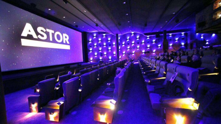 Medium Size of Kino Mit Betten Frankfurt Astor Film Lounge Neues Luxus Auf Der Zeil Nolte Joop Hasena Bett Bettkasten 140x200 Hohem Kopfteil Badewanne Tür Und Dusche Wohnzimmer Kino Mit Betten