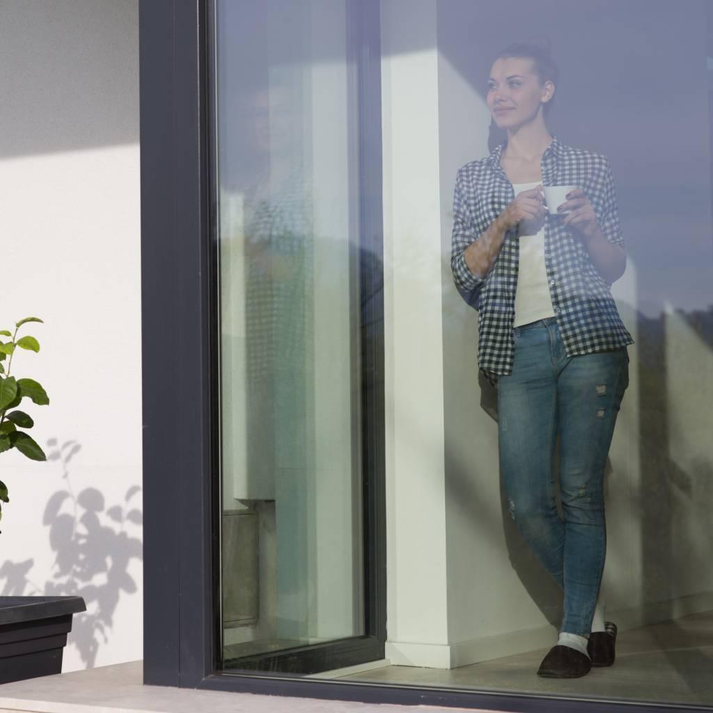 Full Size of Sonnenschutzfolie Fenster Innen Obi Anbringen Entfernen Günstig Kaufen Sichtschutzfolie Günstige Velux Einbauen Einseitig Durchsichtig Rollo Welten Stores Wohnzimmer Sonnenschutzfolie Fenster Obi