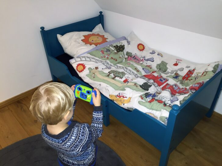 Medium Size of Kinderbett Diy Obi Haus Baldachin Anleitung Rausfallschutz Nachhaltigkeit Aufgembelt Wohnzimmer Kinderbett Diy
