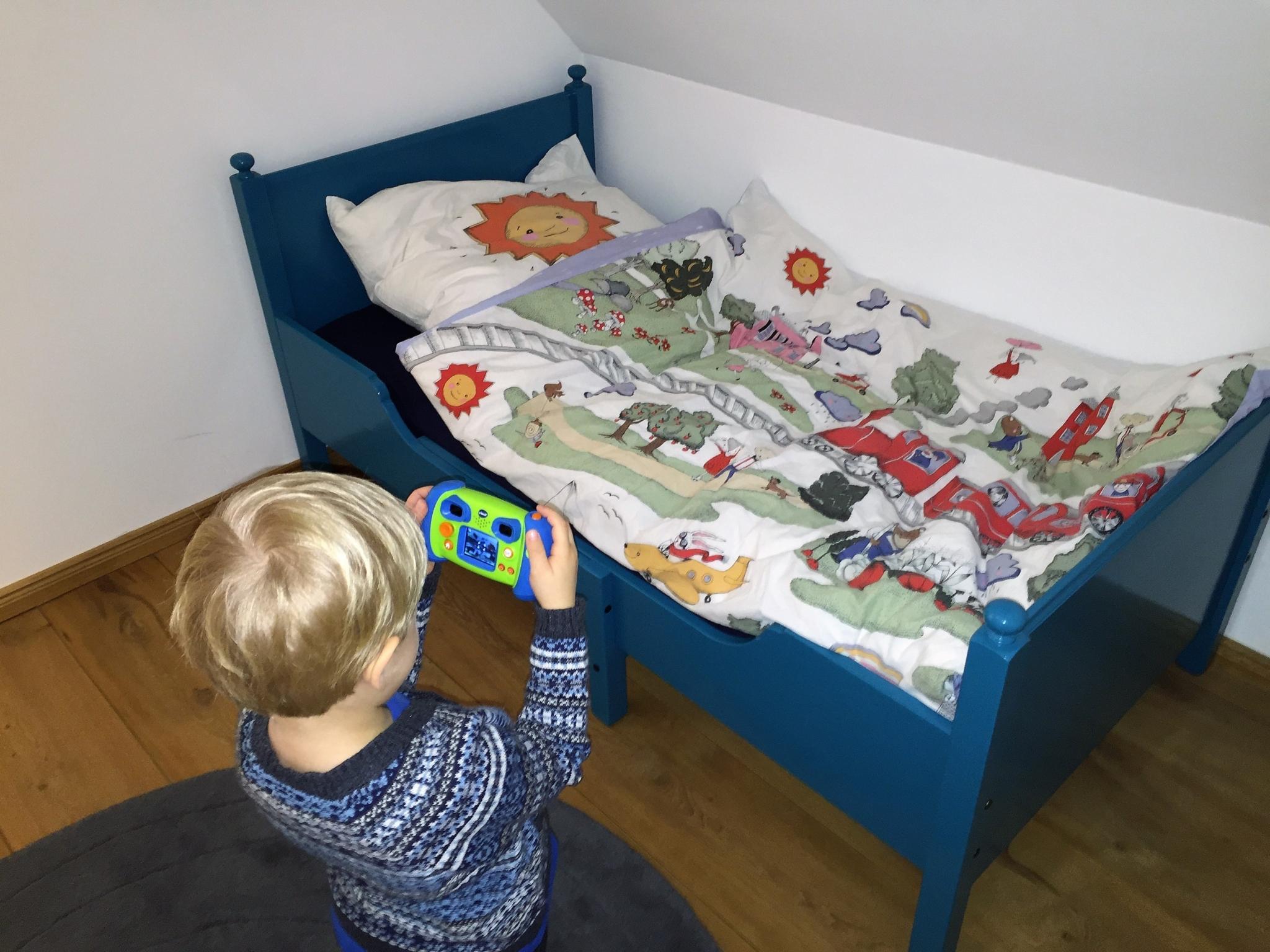 Full Size of Kinderbett Diy Obi Haus Baldachin Anleitung Rausfallschutz Nachhaltigkeit Aufgembelt Wohnzimmer Kinderbett Diy