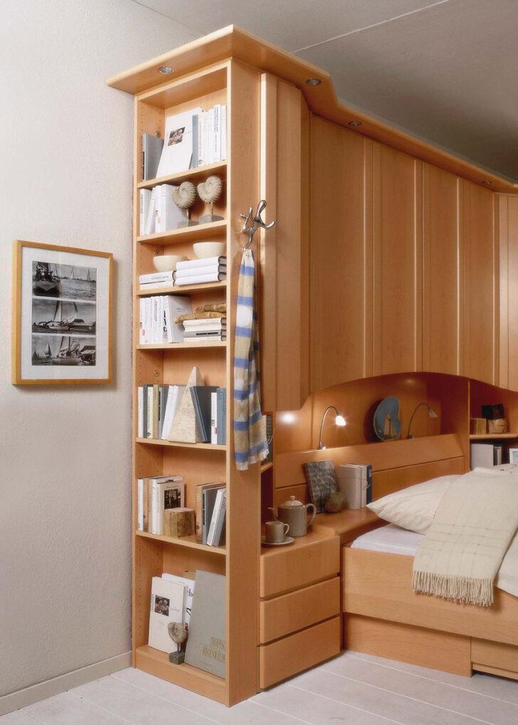 Medium Size of Schlafzimmer überbau Bettbrcke Mit Bcherregal Wohnellode Günstig Deckenlampe Vorhänge Lampe Wiemann Wandtattoo Romantische Rauch Eckschrank Deckenleuchten Wohnzimmer Schlafzimmer überbau