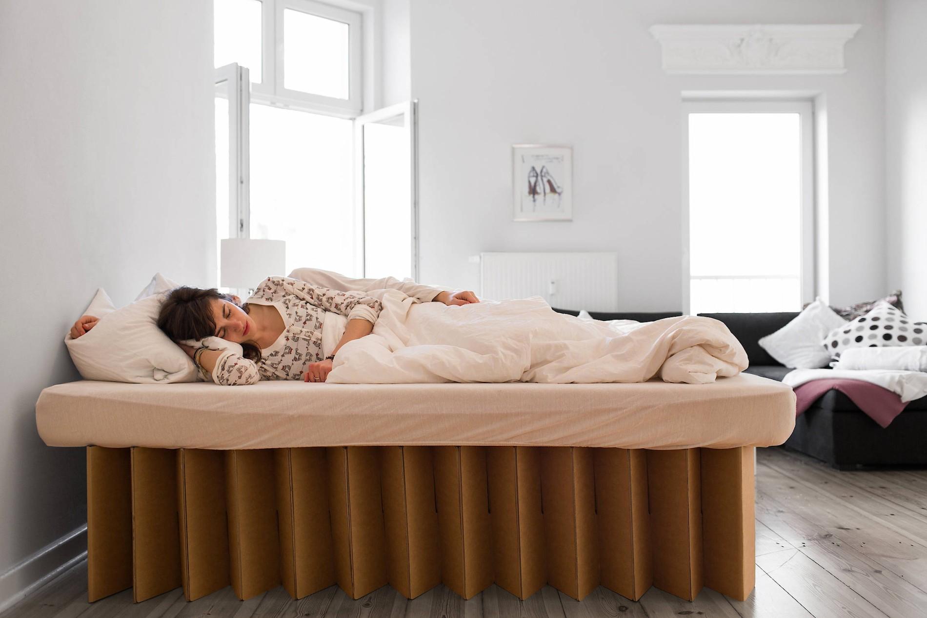 Full Size of Aus Pappe Liegen Trend Küche Kaufen Ikea Betten Bei Kosten 160x200 Sofa Schlaffunktion Wohnzimmer Pappbett Ikea