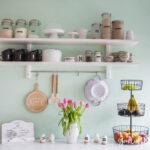 Ein Neues Kchenregal Und Das Drama Um Wandfarbe Mint Pantryküche Mit Kühlschrank Granitplatten Küche Stehhilfe Eckschrank Rosa Kreidetafel Modulküche Wohnzimmer Küche Mint