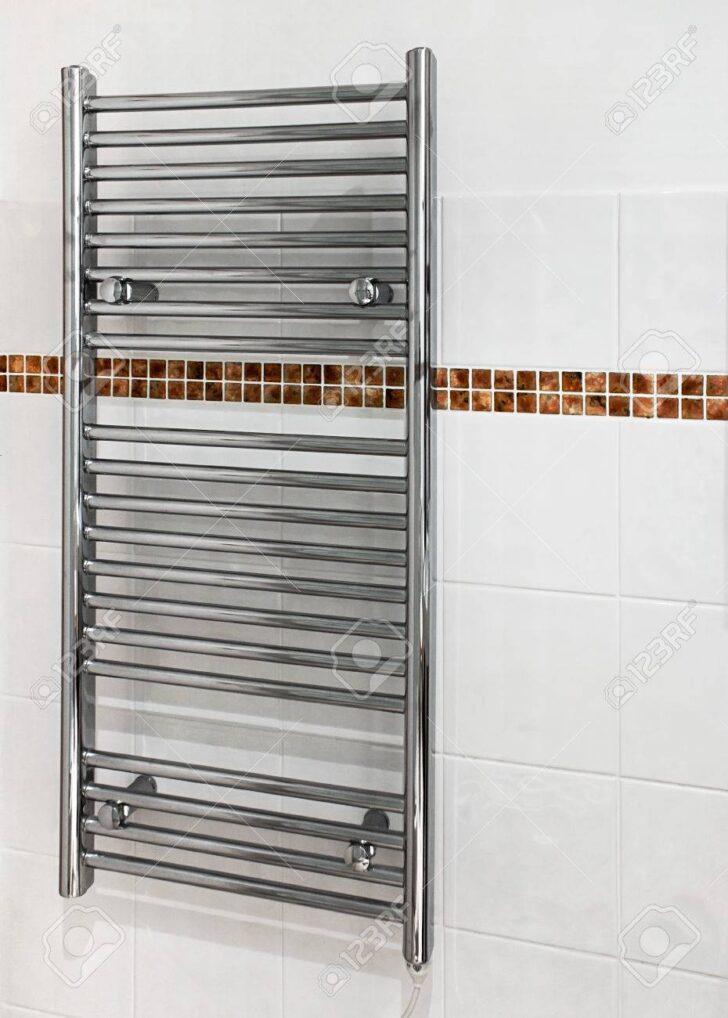 Medium Size of Chrome Beheizte Handtuchhalter Bad Heizkörper Wohnzimmer Küche Elektroheizkörper Für Wohnzimmer Handtuchhalter Heizkörper