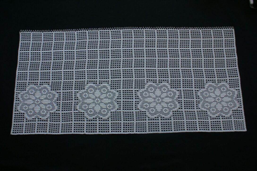 Large Size of Häkelmuster Gardine Crocheted Disc With Flowers Gardinen Kche Fr Wohnzimmer Küche Für Schlafzimmer Scheibengardinen Die Fenster Wohnzimmer Häkelmuster Gardine
