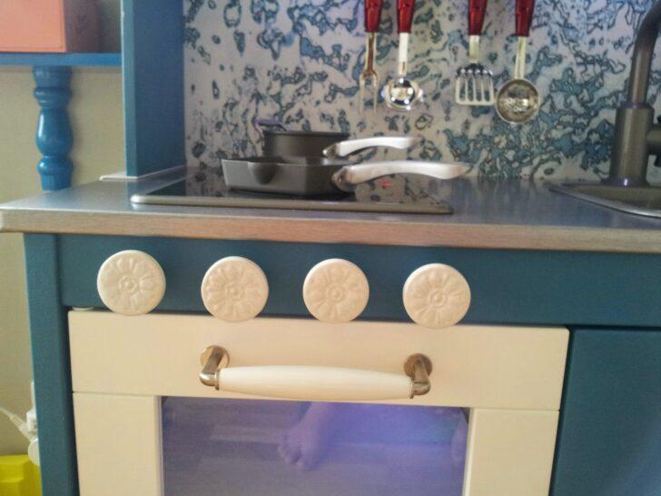 Medium Size of Klebefolie Trianglig Fuer Ikea Duktig Kueche Farbe Mint Modulküche Holz Küche Mit Tresen Was Kostet Eine Neue Wanddeko Landhausküche Weiß Scheibengardinen Wohnzimmer Ikea Küche Mint