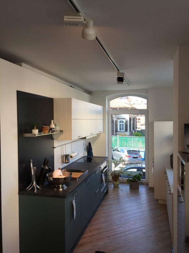 Medium Size of Küche Zweifarbig Moderne Kche Kleiner Tisch Wandtattoo Landhausstil Landhaus Tresen Mobile Was Kostet Eine Neue U Form Lampen Sideboard Mit Arbeitsplatte Wohnzimmer Küche Zweifarbig