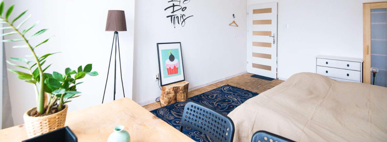 Full Size of Dachgeschosswohnung Einrichten Schlafzimmer Ikea Tipps Beispiele Wohnzimmer Ideen Bilder Pinterest Kleine Einzimmerwohnung Und Tricks Fr Dein Kleines Küche Wohnzimmer Dachgeschosswohnung Einrichten