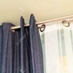 Und Weie Vorhnge Mit Ring Top Schiene Lizenzfreie Fotos Schlafzimmer Vorhänge Küche Wohnzimmer Wohnzimmer Vorhänge Schiene