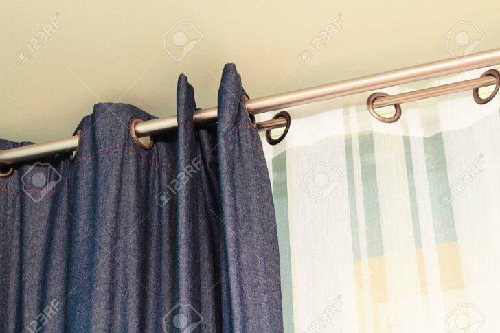 Medium Size of Und Weie Vorhnge Mit Ring Top Schiene Lizenzfreie Fotos Schlafzimmer Vorhänge Küche Wohnzimmer Wohnzimmer Vorhänge Schiene