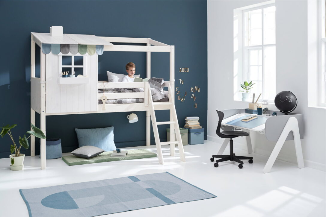 Large Size of Flexa Classic House Halbhohes Bett Mit Schrgleiter Und 1 2 Wohnzimmer Halbhohes Hochbett