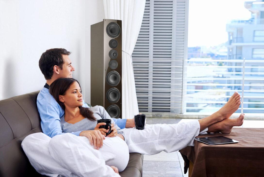 Large Size of Sofa Mit Lautsprecher Und Licht Couch Musikboxen Poco Led Eingebauten Lautsprechern Bluetooth Integriertem Big Hülsta Günstig Kaufen 2 Sitzer Relaxfunktion Wohnzimmer Sofa Mit Musikboxen