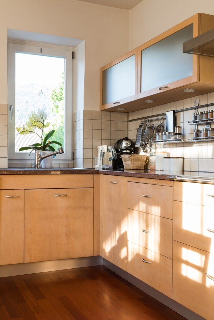 Medium Size of Schrank Für Küche Raffrollo Küchen Regal Griffe Landküche Miniküche Mit Kühlschrank Büroküche Hochglanz Singleküche Laminat Spiegelschrank Bad Wohnzimmer Schrank Für Küche