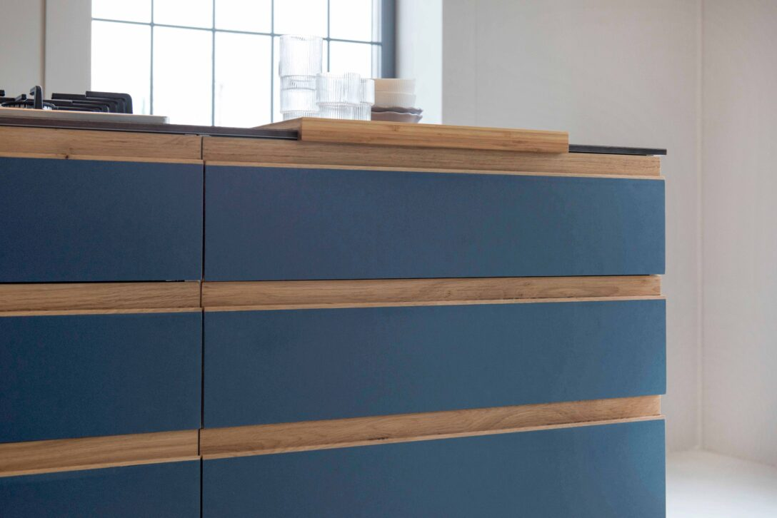 Large Size of Design Blue St Linoleum Auf Multiplemit Griffleisten Aus Eiche Küche Aufbewahrung Mit Elektrogeräten Günstig Magnettafel Led Beleuchtung Hängeschränke Wohnzimmer Ikea Küche Massivholz