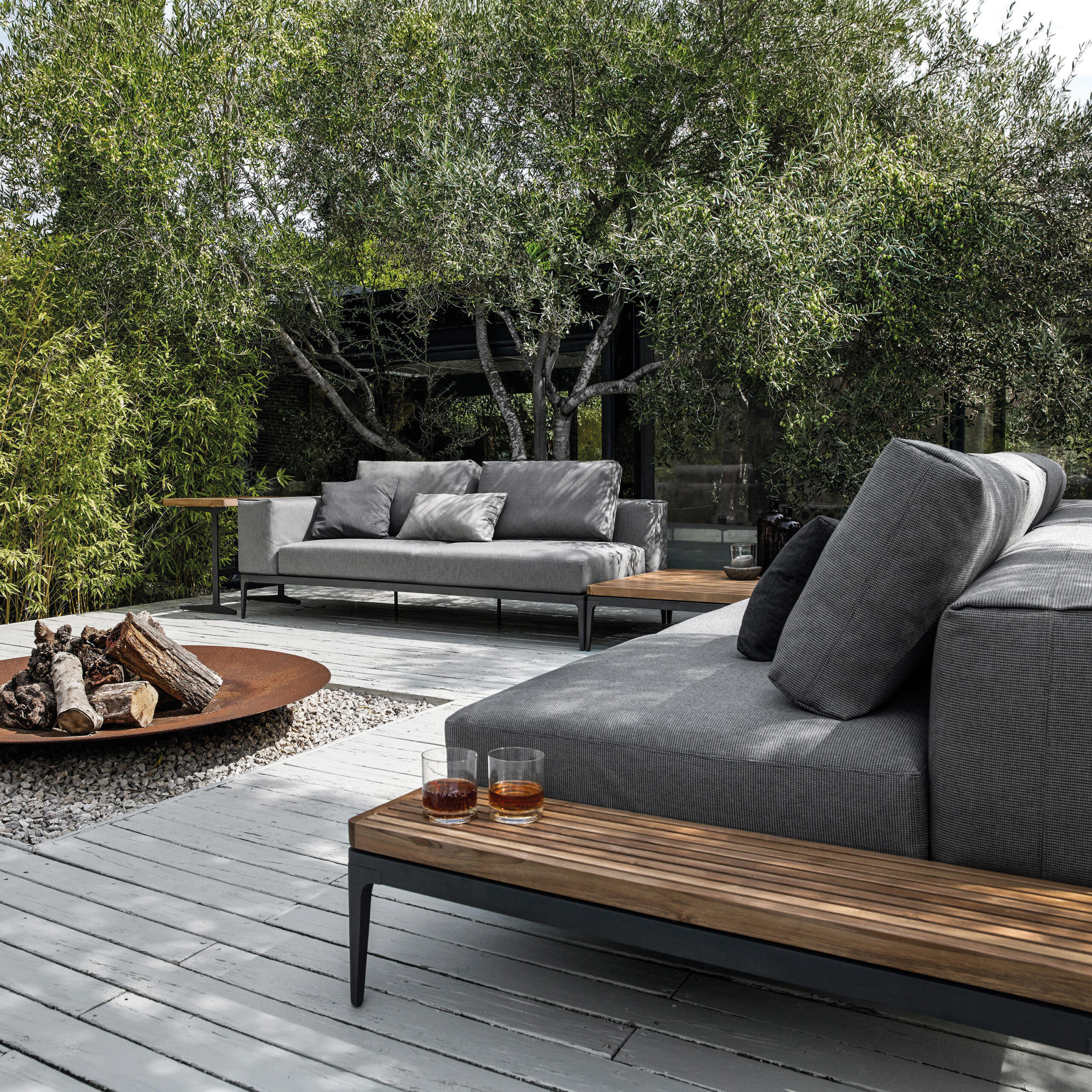 Full Size of Couch Terrasse Terrassen Grid Centre Unit Sofas From Gloster Furniture Wohnzimmer Couch Terrasse