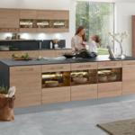Massivholzküche Modern 6 Einrichtungsideen Und Kchenbilder Fr Moderne Holz Kchen Modernes Bett Landhausküche Küche Deckenlampen Wohnzimmer Esstisch Wohnzimmer Massivholzküche Modern