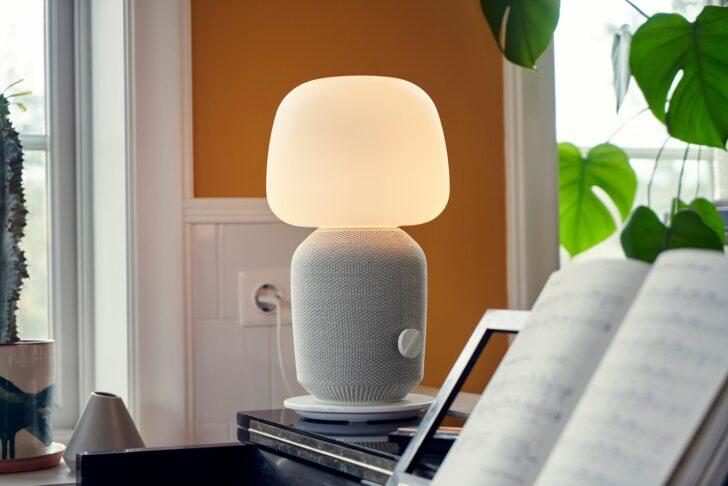 Medium Size of Wohnzimmer Lampe Ikea Ein Symfonisk Duett Von Und Sonos Sterreich Gardine Poster Wandbild Designer Lampen Esstisch Deckenleuchten Deko Wohnwand Decke Betten Wohnzimmer Wohnzimmer Lampe Ikea