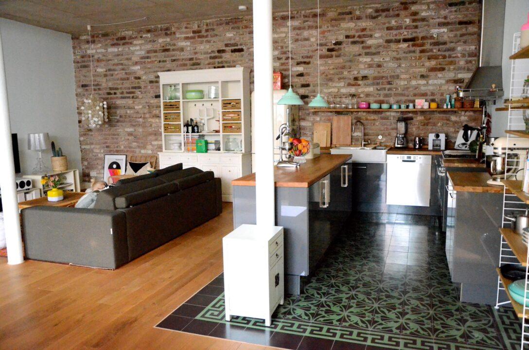 Large Size of Offene Küche Ikea Projekt Loftausbau Wie Man Eine Kche Perfekt Ins Grillplatte Sofa Mit Schlaffunktion Ohne Geräte E Geräten Günstig Komplettküche Wohnzimmer Offene Küche Ikea