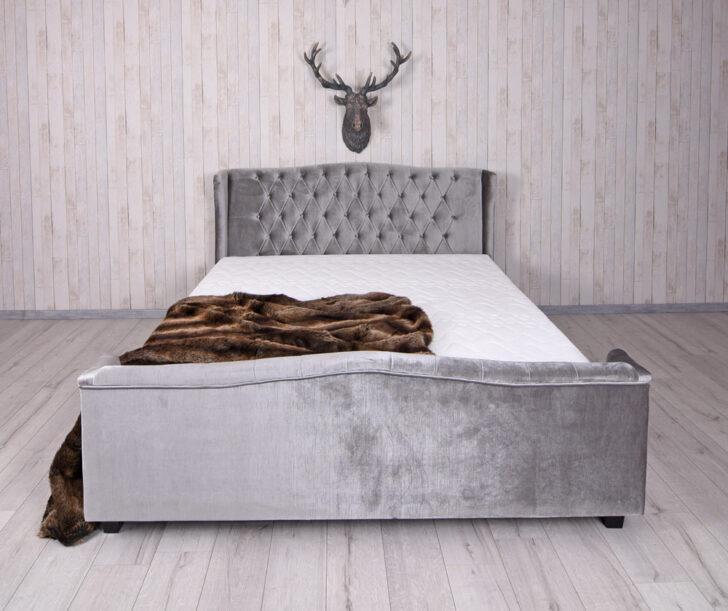 Medium Size of Chesterfield Bett Samt 200x200 180x200cm Polsterbett Doppelbett Metall Mit Aufbewahrung Dänisches Bettenlager Badezimmer Betten Düsseldorf Keilkissen 140x200 Wohnzimmer Samt Bett 200x200