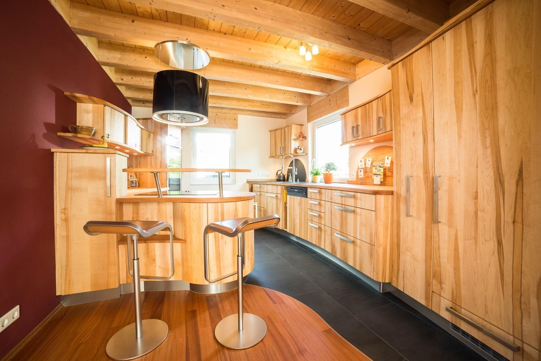 Full Size of Massivholzküche Abverkauf Was Kostet Eine Kche Schreinerkchen Preise Bad Inselküche Wohnzimmer Massivholzküche Abverkauf