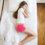 Teenager Mädchen Bett Wohnzimmer Teenager Mädchen Bett Blick Von Oben Auf Mdchen In Rosa Pyjama Schlafen Betten Berlin 200x200 überlänge Rauch 180x200 Mit Bettkasten Musterring Weiß Cars