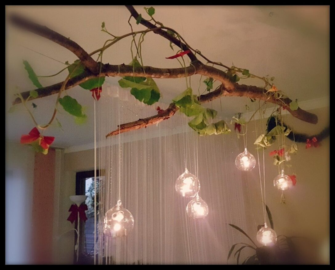 Large Size of Romantische Atmosphre Daheim Gestalten 2 Haken In Decke Wohnzimmer Deckenlampen Deckenleuchten Bad Deckenleuchte Schlafzimmer Neu Modern Badezimmer Im Decken Wohnzimmer Decke Gestalten