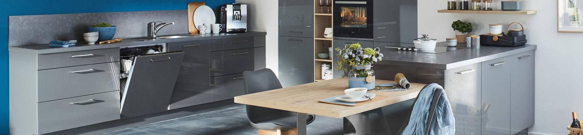Full Size of Roller Miniküche Gnstige Kchen Jetzt Bei Kaufen Mbelhaus Ikea Stengel Regale Mit Kühlschrank Wohnzimmer Roller Miniküche