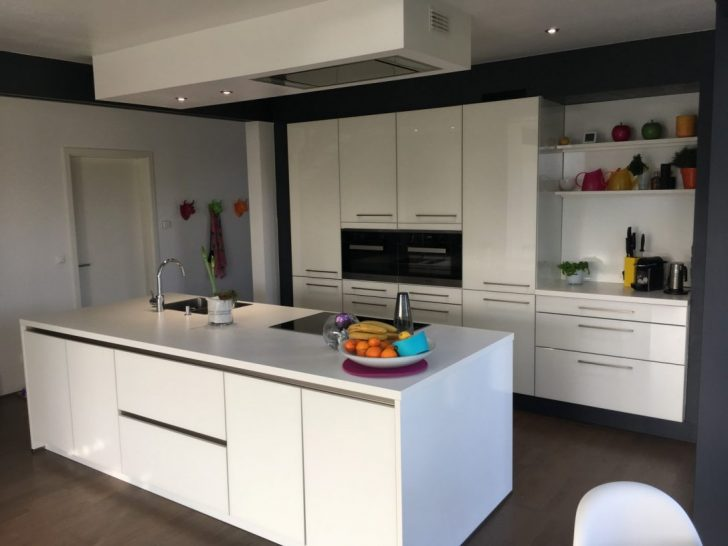 Medium Size of Küchen Quelle Was Kostet Eine Kche Mit Gerten Bei Kchen Im Regal Wohnzimmer Küchen Quelle