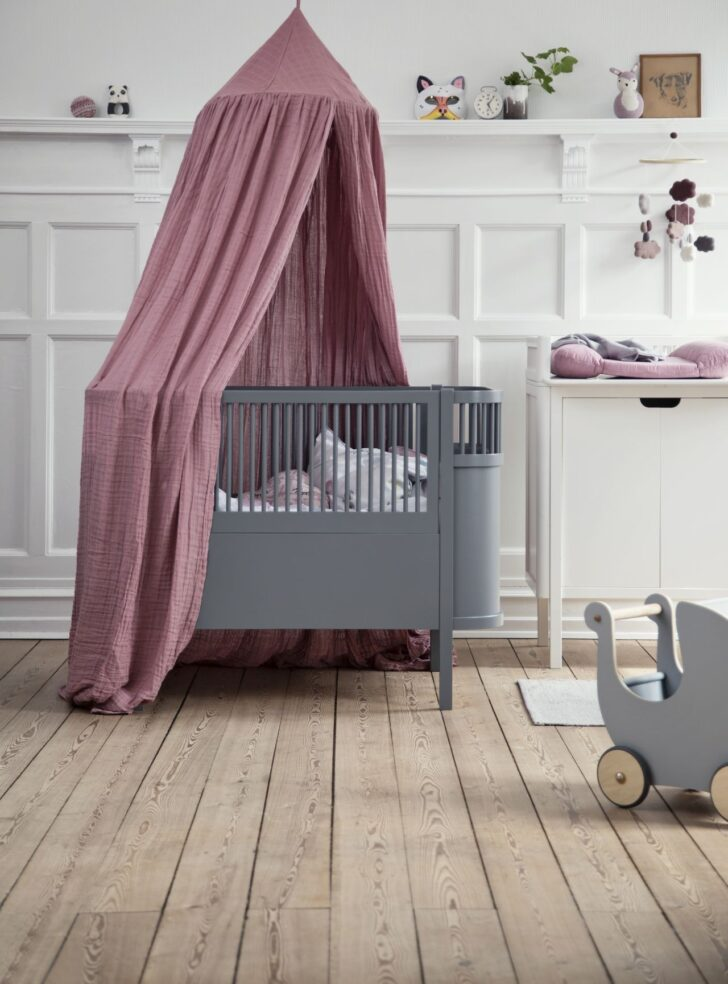 Medium Size of Coole Kinderbetten Babybett Im Skandinavischen Design Online Kaufen Kleine Fabriek Betten T Shirt Sprüche T Shirt Wohnzimmer Coole Kinderbetten