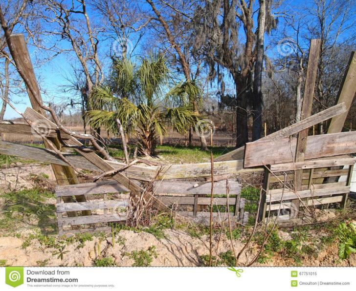 Medium Size of Zaun Paletten Aufbereitete Als Stockbild Bild Von Yard Garten Bett Aus Kaufen Regal 140x200 Regale Europaletten Wohnzimmer Zaun Paletten