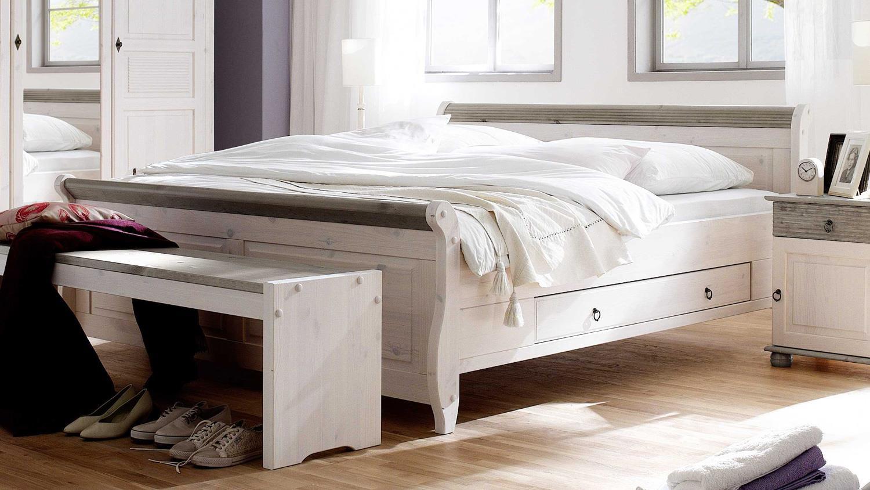 Full Size of Bett Oslo Doppelbett Aus Kiefer Massiv Wei Lava 200x200 Cm Schlafzimmer Komplett Weiß Teppich Set Mit Matratze Und Lattenrost Guenstig Günstige Landhausstil Wohnzimmer Schlafzimmer Komplett Landhausstil