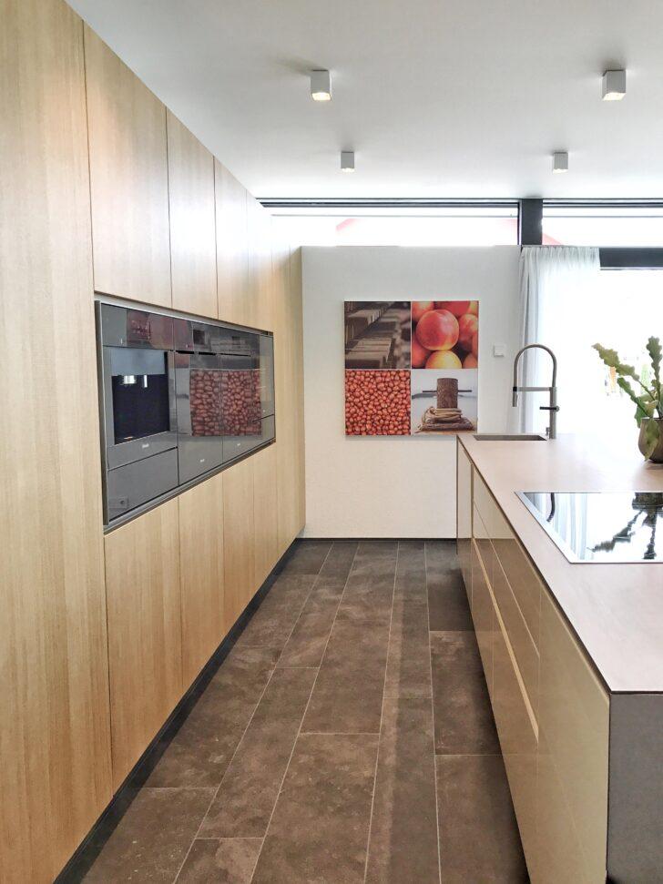 Medium Size of Küche Boden Kchenboden Bilder Ideen Couch Essplatz Scheibengardinen Büroküche Mit Tresen Eckbank Vorhänge Ikea Kosten Led Beleuchtung Moderne Wohnzimmer Küche Boden