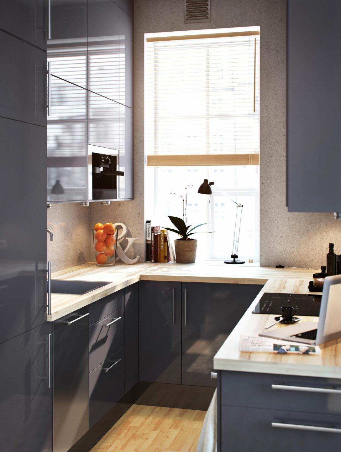 Large Size of Singleküche Ikea Miniküche Praktische Einbaukche In Grauer Glanzoptik S Sofa Mit Schlaffunktion Küche Kosten Stengel Kühlschrank Betten 160x200 Kaufen Bei Wohnzimmer Singleküche Ikea Miniküche