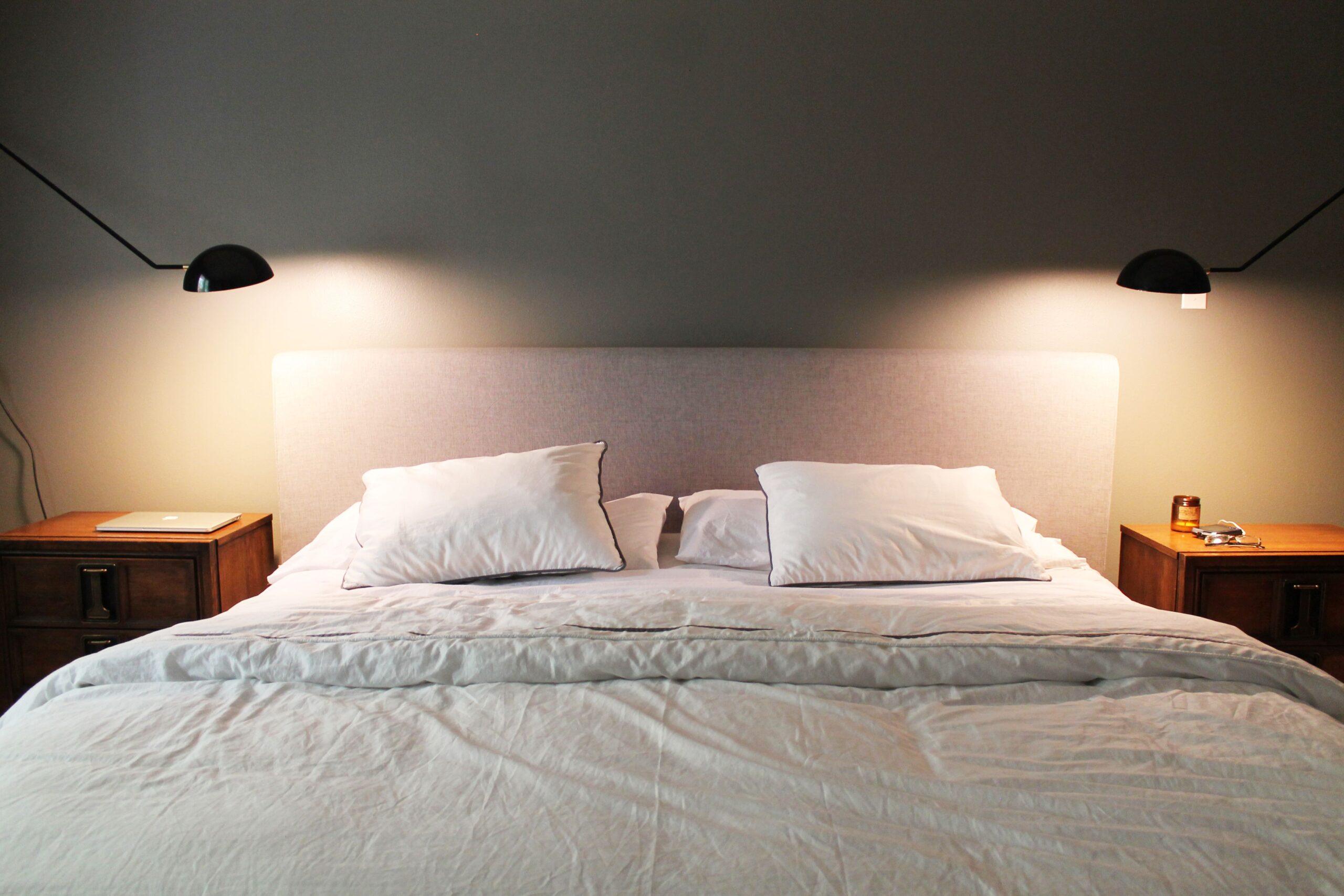Full Size of Schlafzimmer Wandleuchte Mit Kabel Stecker Ikea Schalter Wandleuchten Rauch Vorhänge Gardinen Für Komplette Komplett Günstig Günstige Wandtattoo Stuhl Wohnzimmer Schlafzimmer Wandleuchte