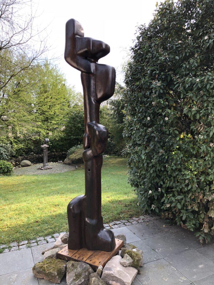 Medium Size of Eisenskulpturen Für Den Garten Gartenskulpturen Steinguss Skulpturen Italien Kaufen Aus Bodenebene Dusche Und Landschaftsbau Berlin Ecksofa Tapeten Küche Wohnzimmer Eisenskulpturen Für Den Garten