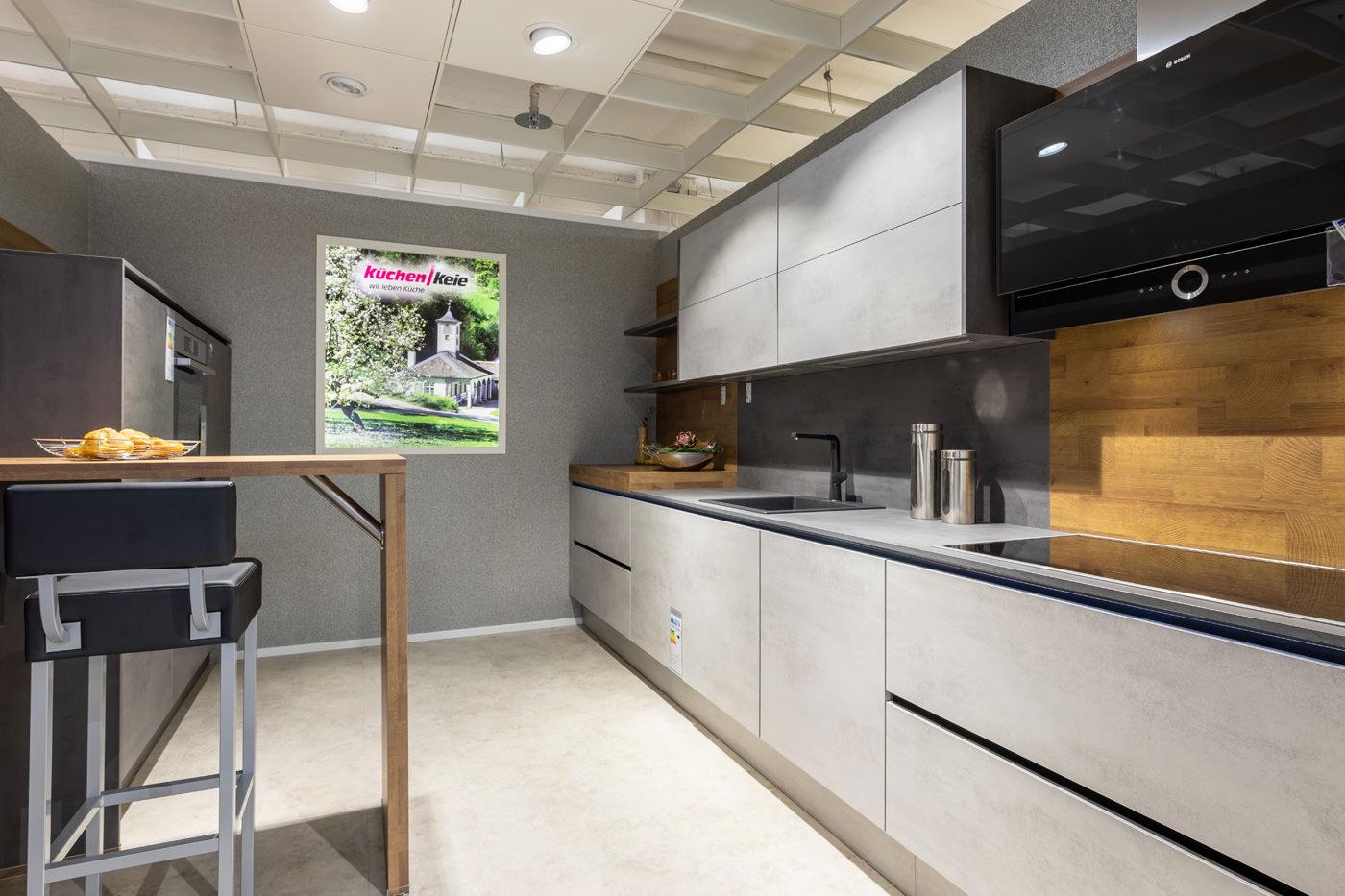 Full Size of Asmo Kuchen Bewertung Caseconradcom Höffner Big Sofa Inselküche Abverkauf Bad Wohnzimmer Ausstellungsküchen Abverkauf Höffner